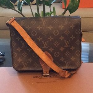 Authentic LV Cartouche GM